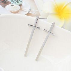 2.04$  Buy now - http://di3ry.justgood.pw/go.php?t=YE0890101 - Pair of Fashion Cross Shape Solid Color Women's Stud Earrings 2.04$