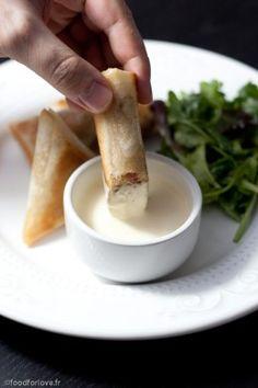 Samoussas à la Choucroute, au Lard et au Carvi, Crème de Munster - Food for Love