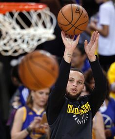 OAKLAND Calif. #StephenCurry made his return from 6 week absence draining three point shots like he never left. Steph added 28 Points, 7 rebounds, 3 steals in 121-116 victory over New Orleans during the western conference semifinals game 2 on Tuesday May 1, 2018. #KevinDurant added 29 Points, 6 rebounds, 7 assists, #DraymondGreen posted another monster double double with 20 Points, 9 rebounds, 12 assists, #KlayThompson added 10 points 6 rebounds.