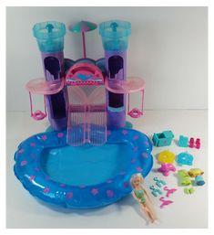 #polly #pocket #pool #pollypocketpool Childhood Toys, Childhood Memories, Polly Pocket World, I Dream Of Genie, Barbie Sets, Pocket Light, 90s Kids, Toys Shop, Vintage Toys
