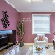 Teia Design: Cor: Cortina de Teatro da Suvinil no Blog da Teia ... Living Room Partition Design, Room Partition Designs, Living Room Paint, Living Room Decor, Bedroom Decor, Paint Colors For Home, House Colors, Light Blue Rooms, Hall Colour