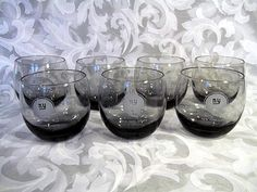 Sold VINTAGE SET OF 7 NEW YORK GIANTS SMOKE-COLORED ROLY POLY GLASSES
