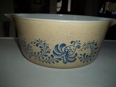 Homestead Pyrex #475-B, 2.5 Quart, Vintage, Casserole Dish, Baking Dish, Bowl by PyrexKitchen on Etsy