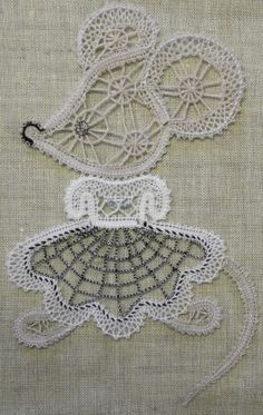 Фотография Needle Lace, Needle And Thread, Bruges Lace, Bobbin Lacemaking, Bobbin Lace Patterns, Victorian Lace, Lace Making, String Art, Handicraft