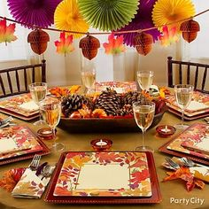 Thanksgiving Decorations Ideas-You can also get a wide variety of images, pictures,cards, quotes, sayings, wallpaper, greetings, crafts, wishes and much more stuff for Thanksgiving 2014 all free for download.