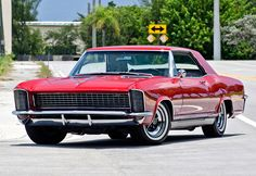 1965 buick riviera front