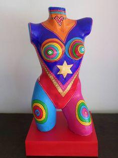 Original body sculpture by Allesandra Tiller Mannequin Art, Garden Crafts, Body Painting, Sculpture Art, Buy Art, Retro, Decoration, Saatchi Art, Modern Art