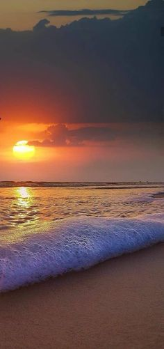Beautiful Nature Wallpaper, Beautiful Ocean, Beautiful Landscapes, Beach Waves, Ocean Waves, Relaxing Photos, Sunset Wallpaper, Nature Pictures, The Great Outdoors