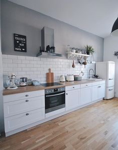 Open Plan Kitchen, New Kitchen, Kitchen Dining, Kitchen Decor, Kitchen Room Design, Interior Design Kitchen, Küchen Design, House Design, Kitchen Furniture