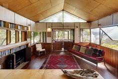 Modern House: West Head House by Peter Stutchbury - Hudson Parade, Clareville Beach NSW 2107