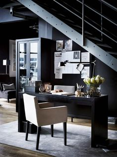 Home Decoration For Small House Product Black Interior Design, Black And White Interior, Classic Interior, Interior Walls, Home Interior, Home Office, Vogue Home, Modern Scandinavian Interior, Mirrored Side Tables
