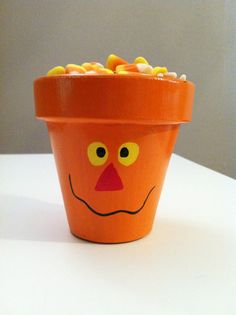 Halloween Pumpkin Flower Pot / Candy Dish by BusyBBoutique on Etsy Cute Crafts, Crafts To Do, Fall Crafts, Holiday Crafts, Diy Crafts, Thanksgiving Crafts, Flower Pot Art, Clay Flower Pots, Flower Pot Crafts