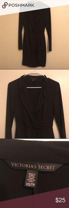 ⭐️Deep Plunge Victoria's Secret Black Dress⭐️ Long sleeve black dress with a deep plunge. Very beautiful dress in great condition. Victoria's Secret Dresses Midi