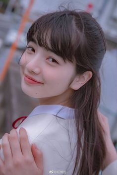 """yes the earth is not flat"" Nana Komatsu Fashion, Japonese Girl, Komatsu Nana, Cute Japanese Girl, Teen Models, Japanese Models, Fan Fiction, Girl Photography, Girl Face"