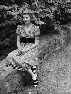 A fresh-faced Ingrid before major Hollywood stardom. lmr