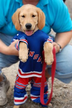 Cutest Thing Ever. #hockey @Kylie Knapp Hervey I expect charlie to have a bruins one in the next week!