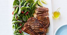 Red curry paste takes these juicy beef steaks to a whole new level of deliciousness. Paleo Beans, Chili, Beans Curry, Red Curry Paste, Pea Salad, Sugar Snap Peas, Lime Wedge, Serving Plates, Green Beans