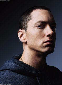 Why Eminem Is One Of The Most Impressive Lyricists Ever! Eminem Music, Eminem Rap, Eminem Quotes, Eminem 2014, Eminem Funny, Eminem Wallpapers, The Real Slim Shady, Eminem Slim Shady, Youtuber