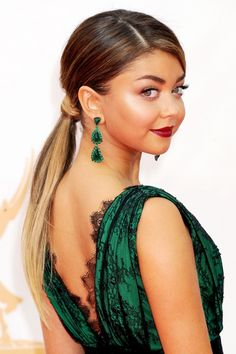 Sarah Hyland Wears A Low Pony The 65th Annual Primetime Emmy Awards, 2013
