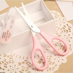 Peerless 1 Pcs Handmade Diy Photo Album Laciness Plastic Mini Scissors Children Safety Scissors Tesoura Paper Lace Diary Decor Latest Fashion Office & School Supplies