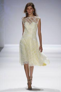 Tadashi Shoji Spring Summer 2014 collection, New York Fashion Week Tadashi Shoji, Fashion Week, Fashion Show, Fashion Looks, Runway Fashion, Karl Lagerfeld, Haute Couture Looks, Spring 2014, Summer 2014