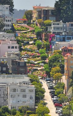 San Francisco - Lombard Street - the zig zag street! Places To Travel, Places To See, Places Ive Been, Beautiful World, Beautiful Places, Amazing Places, Travel Around The World, Around The Worlds, Lombard Street