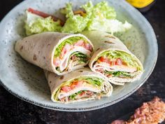 Tolle Rolle für unterwegs: Schinken-Käse-Wraps mit Bacon (Party Top Snacks)