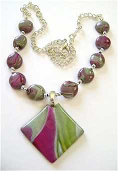 plum-pretty-necklace---tutorial for making clay beads and pendant---very clear instructions