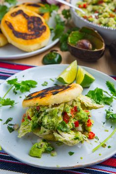 Reina Pepiada Arepa (Chicken and Avocado Sandwich) Chicken Recipes, Best Sandwich Recipes, Mashed Avocado, Avocado Chicken Salad, Delicious Sandwiches, Stuffed Jalapeno Peppers, Spring Recipes, Shredded Chicken, Recipes