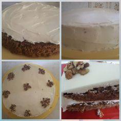 Oggi preparerò una torta glassata con carote, noci e cannella. Questa torta è semplice e buona e il risultato sarà un delizioso dessert, con una glassa che si scioglierà in bocca e così soffice che tutti ne vorranno avere una seconda fetta. La ricetta mi è stata data da mia sorella che vive a Palma de Mallorca e che lì [...] Cookers, Pudding, Desserts, Food, Food Cakes, Majorca, Tailgate Desserts, Deserts, Custard Pudding