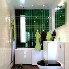 Badeværelse | Farverige badeværelser | Boligmagasinet.dk Bathroom Styling, Bathroom Ideas, Spanish Style, Ios App, Bathtub, Interior Design, Retro, Instagram, Houses