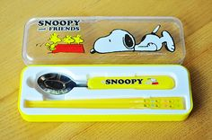 Peanuts Snoopy Lunch Tableware Spoon and Chopsticks Utensils Set in Case Yellow