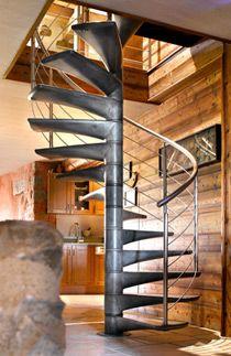 Escalier Hélicoïdal : SPIR'DÉCO® Béton en Ductal® - ESCALIERS DÉCORS®