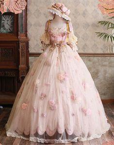 Old Fashion Dresses, Old Dresses, Pretty Dresses, Beautiful Dresses, Vintage Dresses, Mode Lolita, Fantasy Gowns, Fairytale Dress, Royal Dresses