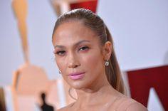10 famosas en los Oscars. Maquillaje de noche para brillar: Jennifer López