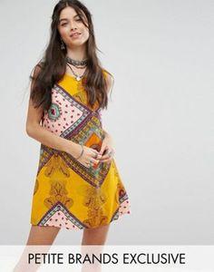 Glamorous Petite Sleeveless Shift Dress In Bright Paisley Print