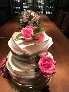 Pink edged ruffles wedding cake by Phuket bakery Thailand @adminjoobjoob 😘😘