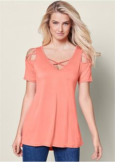 Women/'s Thermal Mineral Washed Long Sleeve Cold Shoulder Shirt w Lace Detail