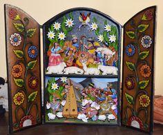 Artesanos de diferentes provincias del Perú, ofrecen estos retablos al mundo entero.