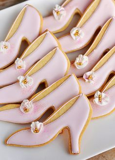 French Pink Designer Shoe Cookie, reminds of similar cookie of a bride and groom I did for my daughter's wedding shower.
