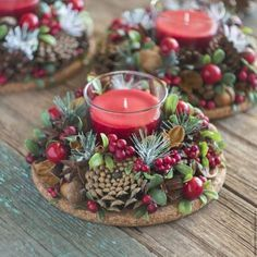 Simple And Popular Christmas Decorations; Christmas Decor DIY The post Simple And Popular Christmas Decorations appeared first on Dekoration. Christmas Candle Decorations, Christmas Flowers, Christmas Candles, Rustic Christmas, Christmas Themes, Christmas Wreaths, Christmas Crafts, Christmas Christmas, Holiday Ideas