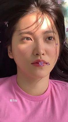 Aesthetic Videos, Aesthetic Pictures, Kpop Girl Groups, Kpop Girls, Girl Group Pictures, Red Valvet, Grunge Hair, Album Bts, Red Velvet Joy