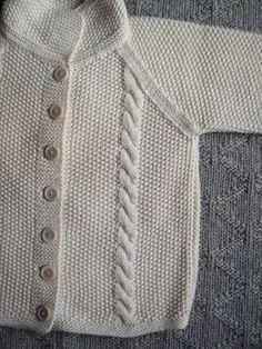 OCCORRENTE : gr. 350 circa di filato bianco 100% lana. Ferri n° 3 , 7 bottoncini . PUNTI IMPIEGATI : p. legaccio, p. riso, p....