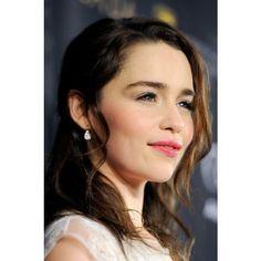 Emilia Clarke ❤ liked on Polyvore featuring emilia clarke and people