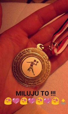 The best sport in the world. I love it! Handball ❤