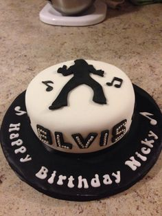 16 Best Cakes Elvis Images In 2014 Music Stencil
