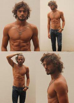 Gorgeous Brazilian Top Model Marlon Teixeira fresh digitals by Wilhelmina Models. Marlon Teixeira, Corps Idéal, Long Messy Hair, Long Hair Guys, Short Hair, Hot Guys, Hot Men, Sexy Guys, Man Bun
