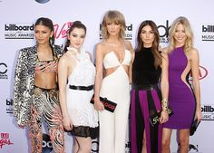 Zendaya, Hailee Steinfeld, Taylor Swift, Lily Aldridge e Martha Hunt no Billboard Music Awards (Foto: Getty Images)