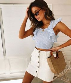 58 Impressive Casual Women Outfit On Vacation To Copy Right Now - Trendy Outfits Cute Summer Outfits, Spring Outfits, Trendy Outfits, Casual Summer, Summer Dresses, White Skirts, Mini Skirts, White Skirt Outfits, Fashion Clothes