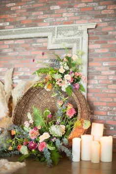 Your wedding flowers are an important part of your wedding. There will be flowers in every part of your wedding so you must prepare a budget. Diy Wedding Flowers, Boho Wedding, Floral Wedding, Rustic Wedding, Green Wedding, Wedding Shoes, Wedding Blog, Bohemia Wedding, Wedding Colors